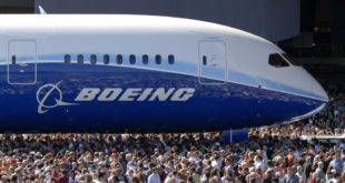 787 Premier at Everett Factory - July 8, 2007 K64106-11
